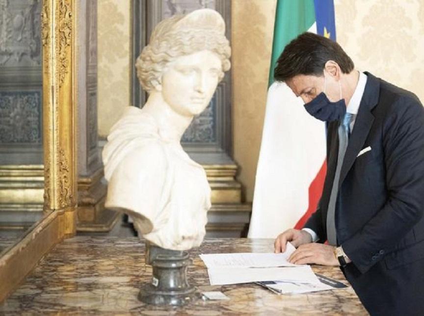 conte firma il decreto semplificazioni