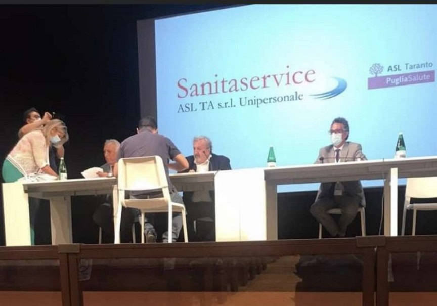 elezioni regionali: michele emiliano firma assunzioni nella sanità pugliese